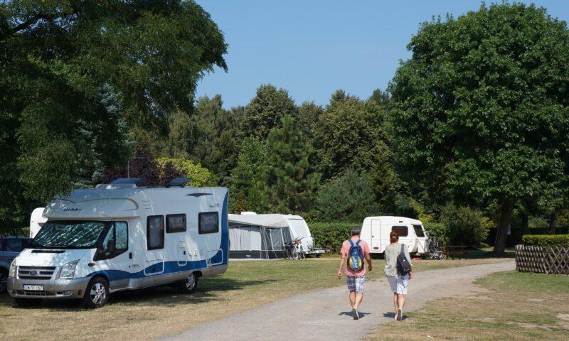 Pole namiotowe, Camping nad morzem